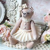 """Куклы и игрушки ручной работы. Ярмарка Мастеров - ручная работа Мини-мишка """"Одри"""" ваниль и крем-брюле. Handmade."""