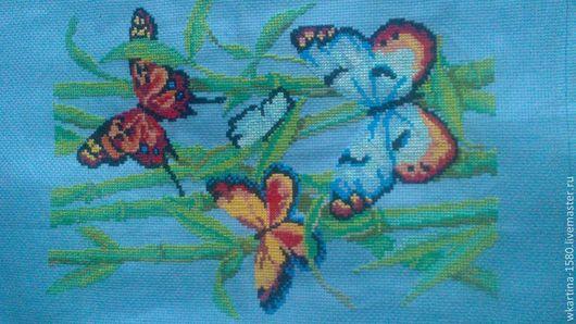 """Пейзаж ручной работы. Ярмарка Мастеров - ручная работа. Купить Вышитая картина"""" Бабочки в тростнике"""". Handmade. Голубой, насекомые"""