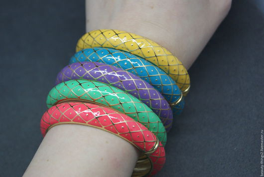 Винтажные украшения. Ярмарка Мастеров - ручная работа. Купить Яркие браслеты эмаль (4 цвета). Handmade. Золотой, винтажный стиль