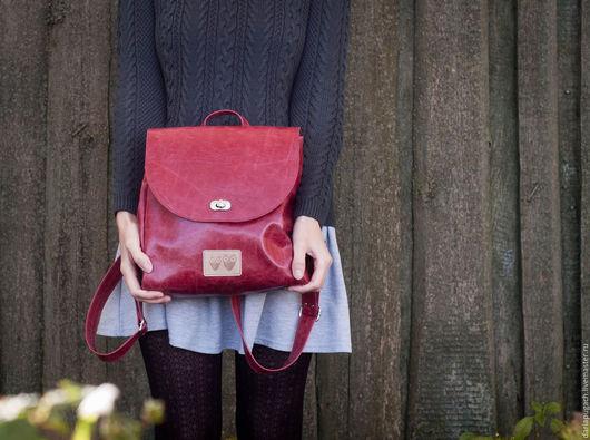 """Рюкзаки ручной работы. Ярмарка Мастеров - ручная работа. Купить Женский рюкзак """"Гранатовый"""". Handmade. Рюкзак, кожа натуральная, красный"""