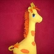 Куклы и игрушки ручной работы. Ярмарка Мастеров - ручная работа мягкие игрушки в шарфиках. Handmade.