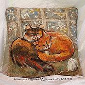 """Для дома и интерьера ручной работы. Ярмарка Мастеров - ручная работа Интерьерная подушка """"Мурзики"""". Handmade."""