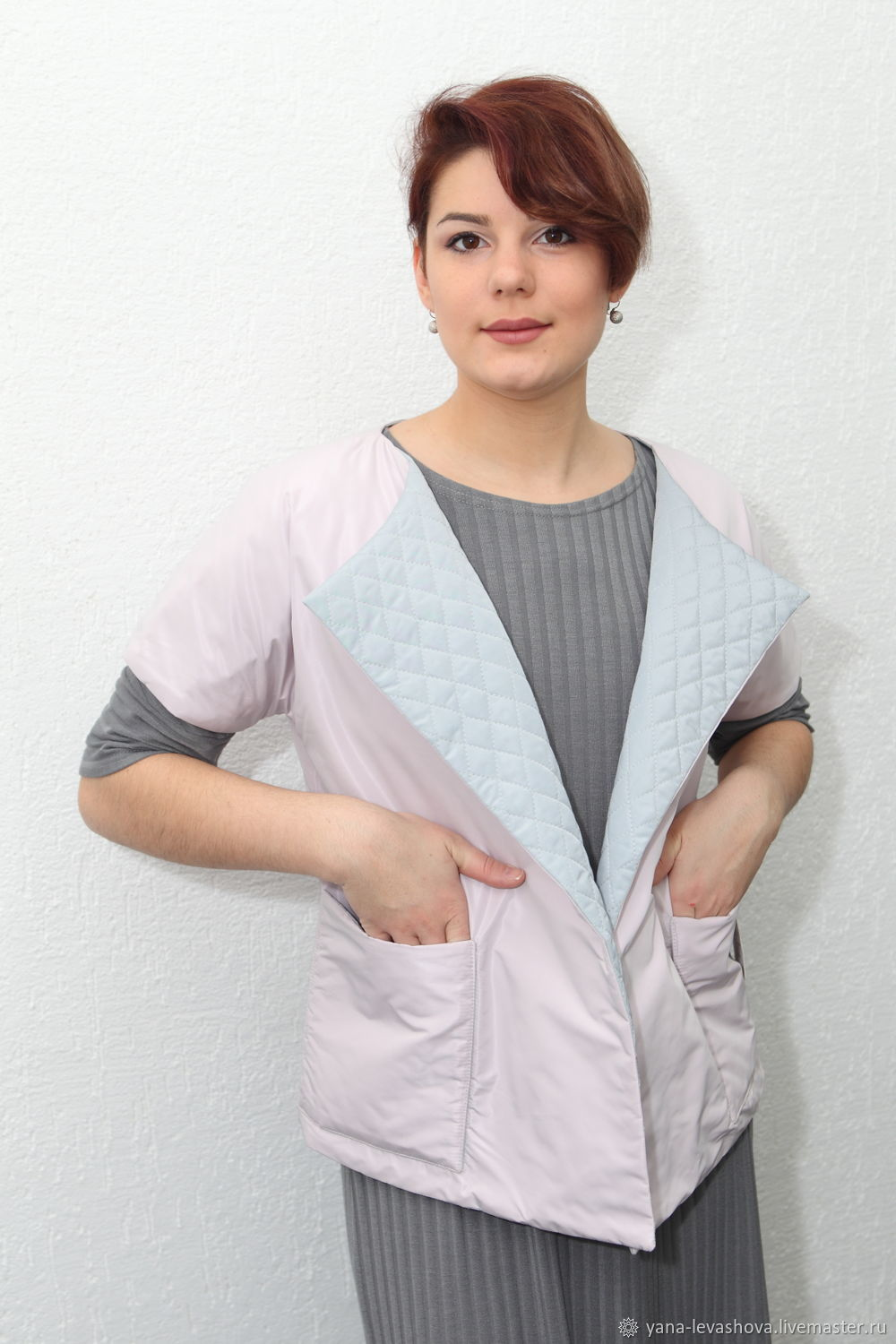 Grey-pink double-sided quilted spring vest, Outerwear Jackets, Moscow,  Фото №1