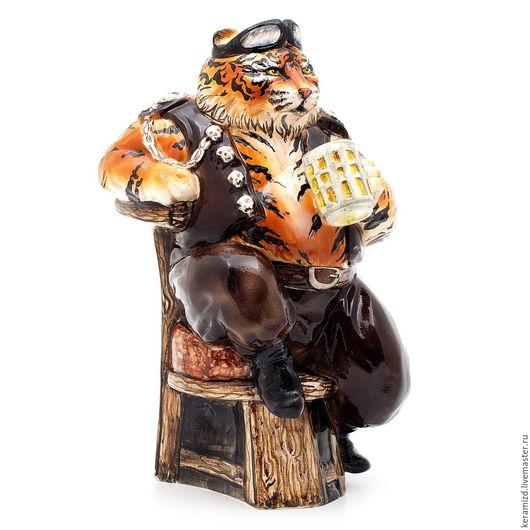 Статуэтки ручной работы. Ярмарка Мастеров - ручная работа. Купить Керамическая фигура. Тигр байкер.. Handmade. Комбинированный, кот