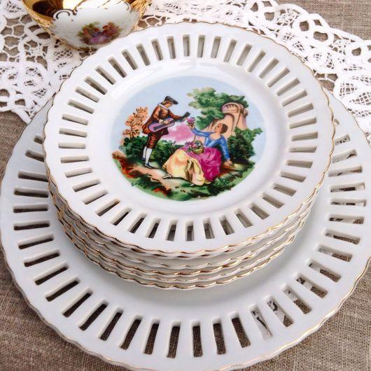 Винтажная посуда. Ярмарка Мастеров - ручная работа. Купить Набор тарелок для десерта Галантная сцена Royal. Handmade. Фарфоровый сервиз