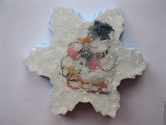 Мыло ручной работы. Ярмарка Мастеров - ручная работа. Купить Мыло Снежинка с картинкой. Handmade. Белый, сувениры и подарки, блёстки