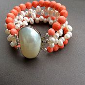 Украшения handmade. Livemaster - original item Bracelet BRIGHT SUMMER II from coral and pearls. Handmade.