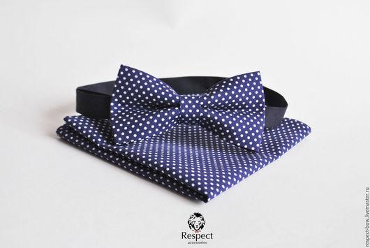 """Галстуки, бабочки ручной работы. Ярмарка Мастеров - ручная работа. Купить Темно синяя галстук бабочка в горошек + нагрудный платок """"В Тренде"""". Handmade."""