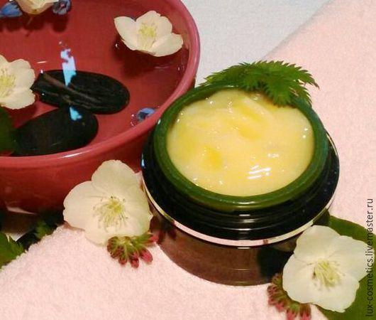 Противовоспалительный крем-гель для жирной и комбинированной кожи.