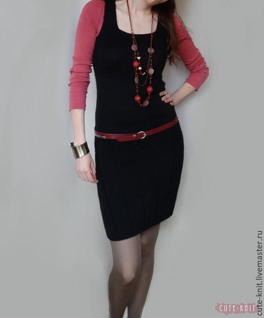 Чтобы лучше рассмотреть модель, нажмите на фото. CUTE-KNIT Ната Онипченко Ярмарка мастеров Купить черное платье вязаное без рукавов