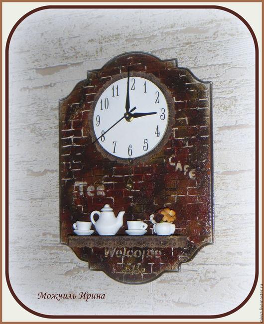 """Часы для дома ручной работы. Ярмарка Мастеров - ручная работа. Купить Часы с полочкой """"Старое Кафе"""". Handmade. Коричневый, миниатюра"""