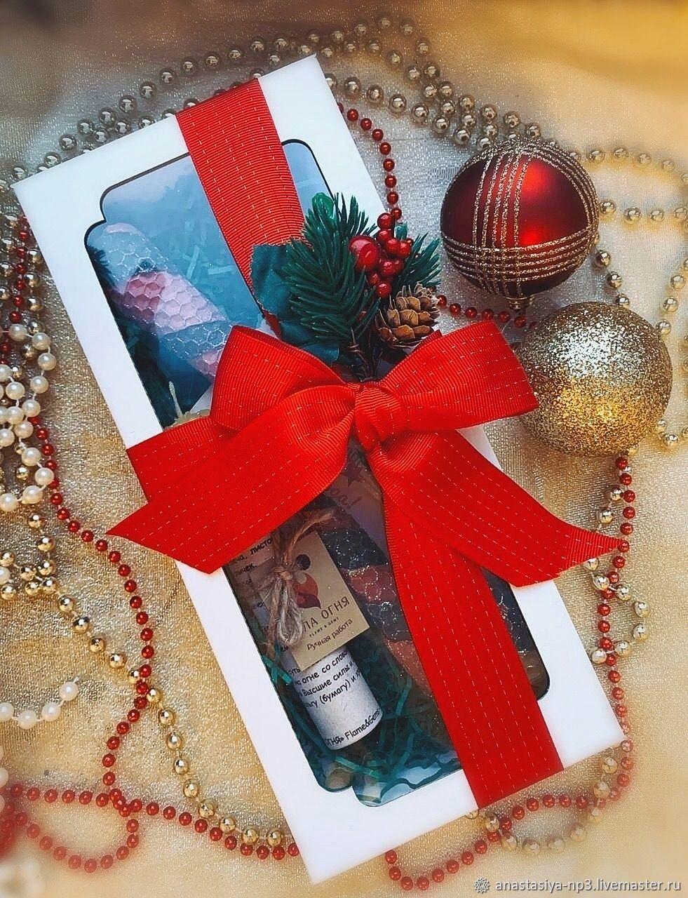 Новогодний подарочный набор свечей из вощины, Подарочные боксы, Москва,  Фото №1