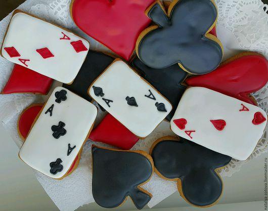 Персональные подарки ручной работы. Ярмарка Мастеров - ручная работа. Купить Карты и масти.. Handmade. Карты игральные, имбирное печенье