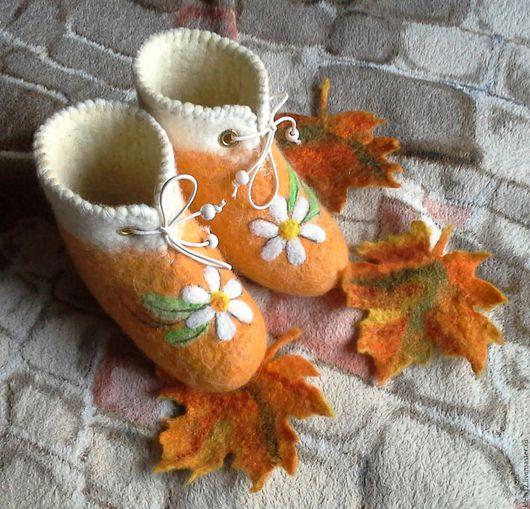 """Обувь ручной работы. Ярмарка Мастеров - ручная работа. Купить """"Ромашечки"""". Валеночки.. Handmade. Желтый, валеночки для малыша, ромашка"""
