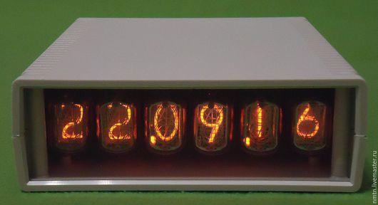 Часы для дома ручной работы. Ярмарка Мастеров - ручная работа. Купить Часы-календарь на газоразрядных индикаторах. Handmade. Часы