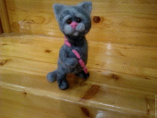 Игрушки животные, ручной работы. Ярмарка Мастеров - ручная работа. Купить кот с сосисками.позитивный. Handmade. Кот, валяная игрушка