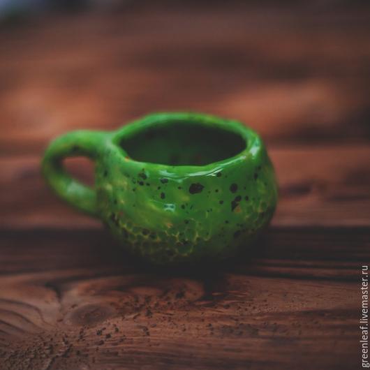 Кружки и чашки ручной работы. Ярмарка Мастеров - ручная работа. Купить Про чокнутую лягушку :). Handmade. Ярко-зелёный
