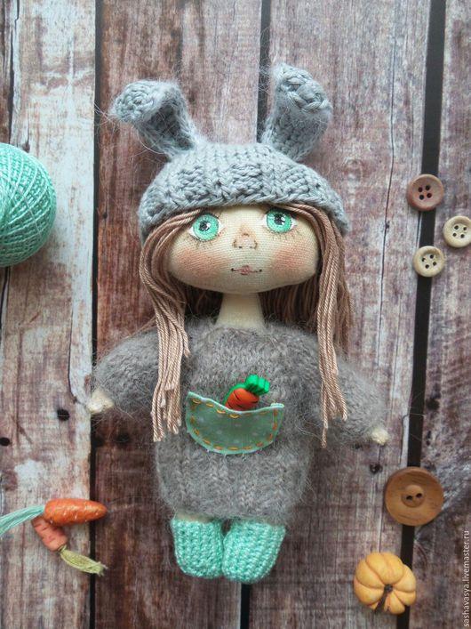 Человечки ручной работы. Ярмарка Мастеров - ручная работа. Купить Куколка-малышка Зайка. Handmade. Серый, одежда для кукол