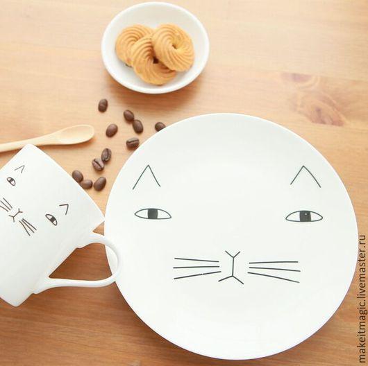 Тарелки ручной работы. Ярмарка Мастеров - ручная работа. Купить Тарелка/блюдо Котик. Handmade. Белый, тарелка керамическая, нужный подарок