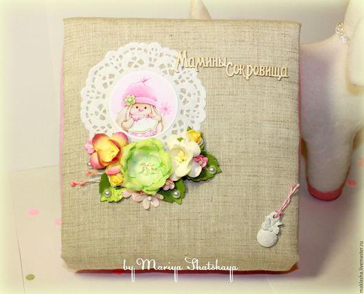 """Подарки для новорожденных, ручной работы. Ярмарка Мастеров - ручная работа. Купить Мамины сокровища """"Зайка девочка"""". Handmade. Подарочная коробочка"""