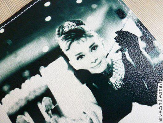 1- Обложки на паспорт Одри Хепберн. Обложка для паспорта. Подарок на 8 марта.