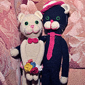 Куклы и игрушки ручной работы. Ярмарка Мастеров - ручная работа Черный и белый вязаные котики.. Handmade.