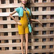 Одежда для кукол ручной работы. Ярмарка Мастеров - ручная работа Трогательный и милый вязанный комплект для Барби. Handmade.