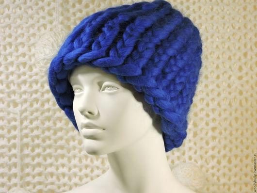 Шапки ручной работы. Ярмарка Мастеров - ручная работа. Купить Bigloop, объемная шапка из толстой мериносовой пряжи. Handmade. Синий