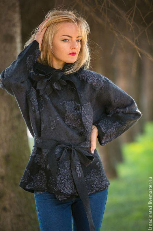 """Пиджаки, жакеты ручной работы. Ярмарка Мастеров - ручная работа. Купить Куртка """"Пепельная Роза"""" ,одежда из войлока, куртка валяная, валяние. Handmade."""