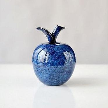 Для дома и интерьера ручной работы. Ярмарка Мастеров - ручная работа Керамическое синее яблоко Твои Сны. Handmade.