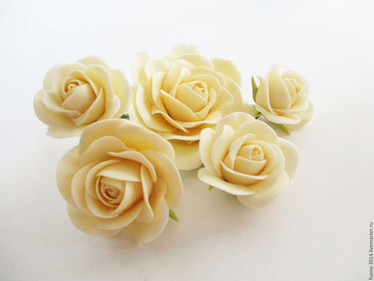 Свадебные украшения ручной работы. Ярмарка Мастеров - ручная работа. Купить Розы на шпильках. Украшения для невесты. Украшение на выпускной.. Handmade.
