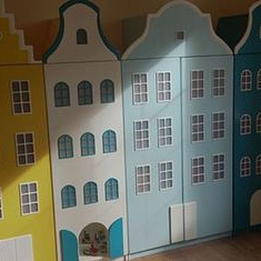 Для дома и интерьера ручной работы. Ярмарка Мастеров - ручная работа Шкафы: Двустворчатый шкаф-домик. Handmade.