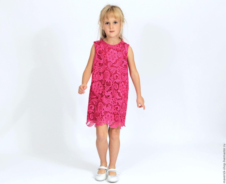 Прямое платье для девочки нарядное