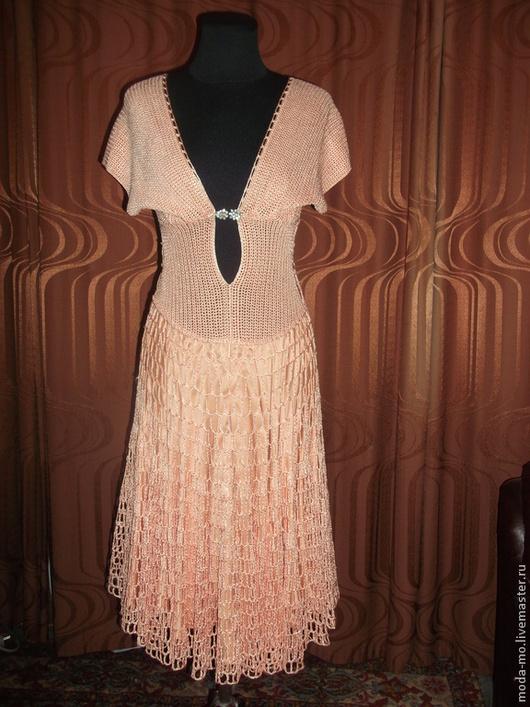 Платья ручной работы. Ярмарка Мастеров - ручная работа. Купить платье вязанное крючком из вискозы. Handmade. Бледно-розовый
