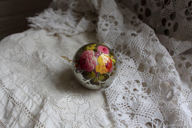 новогодний деревянный расписной шар Жостово, Народные сувениры, Москва, Фото №1