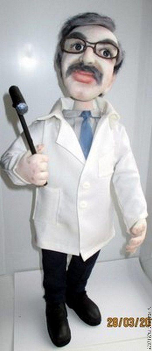 Портретные куклы ручной работы. Ярмарка Мастеров - ручная работа. Купить портретная кукла по фотографии - Доктор. Handmade. Комбинированный