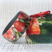 Украшения ручной работы. Ярмарка Мастеров - ручная работа Браслет из дерева Красная ягодка. Декупаж, зеленый браслет. Handmade.
