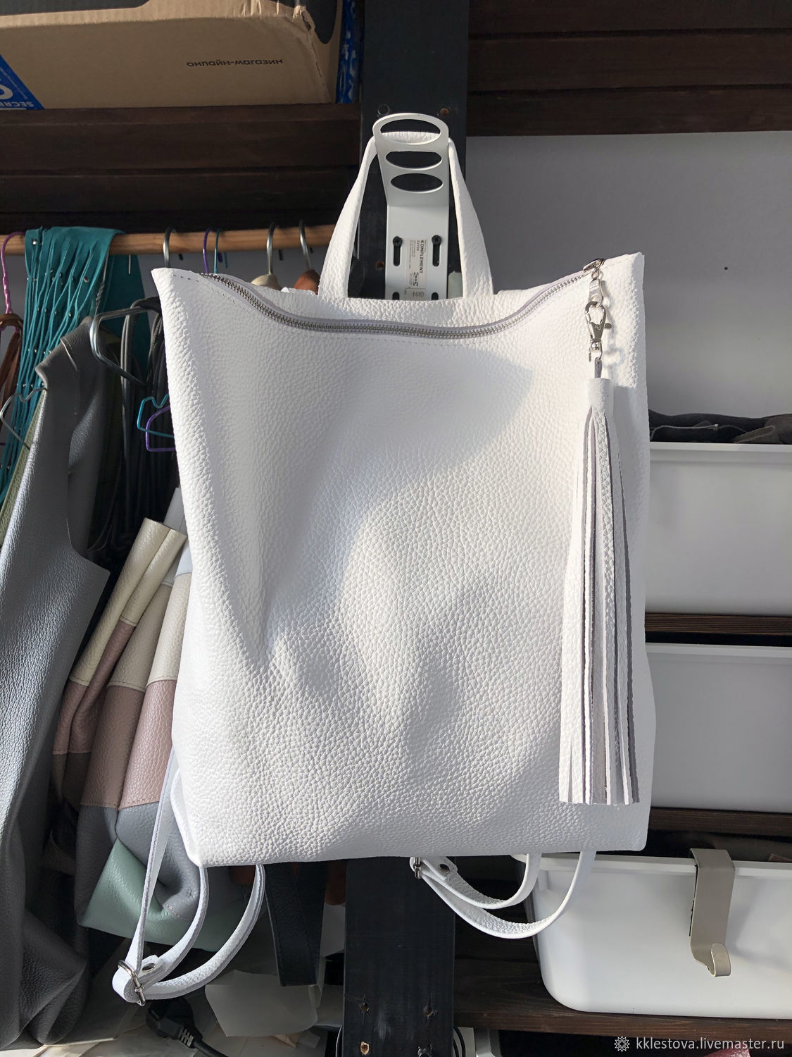 backpack white leather urban medium with pockets and cosmetic bag, Backpacks, Moscow,  Фото №1