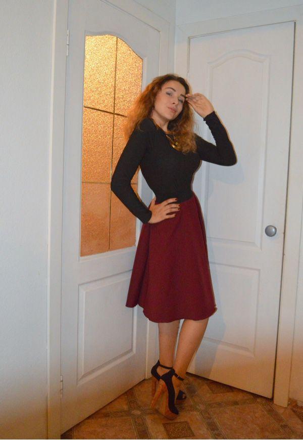 порно фото девочка в короткой юбочке