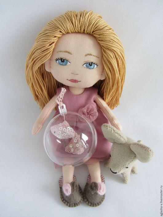 Коллекционные куклы ручной работы. Ярмарка Мастеров - ручная работа. Купить Рыбка. Handmade. Кремовый, подарок девочке, фетр полушерстяной