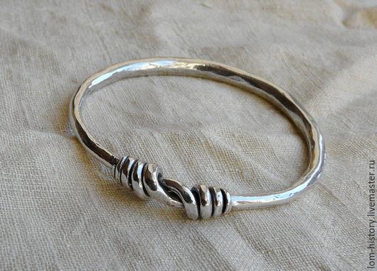 Браслет дротовый из серебра. Можно приобрести браслет из латуни (500 р.)
