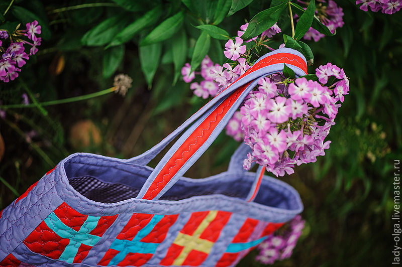Сумка текстильная  CrossOver Кроссовер красная летняя пэчворк