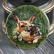 Сувениры и подарки handmade. Livemaster - original item Lacquer miniature painting on stone Fawn in the Grass jade green. Handmade.