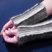 Аксессуары handmade. Livemaster - original item Women`s knitted mittens Black and White blues. Handmade.