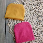 Одежда для кукол ручной работы. Ярмарка Мастеров - ручная работа Трикотажные шапочки для текстильных кукол. Handmade.