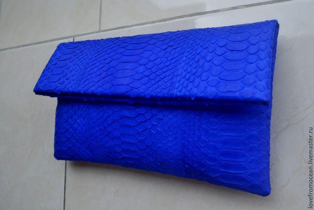 ffb584a77796 Клатч из натуральной змеиной кожи (питона)