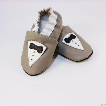 """Обувь ручной работы. Ярмарка Мастеров - ручная работа Кожаные тапочки """"Джентльмен"""", кожаная обувь.пинетки.чешки. Handmade."""