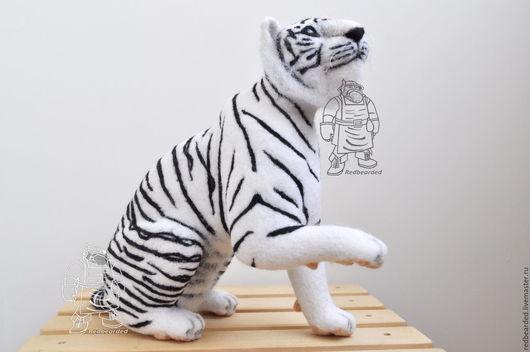 Игрушки животные, ручной работы. Ярмарка Мастеров - ручная работа. Купить Белый тигр Самуил. Handmade. Белый, шерсть кардочёс