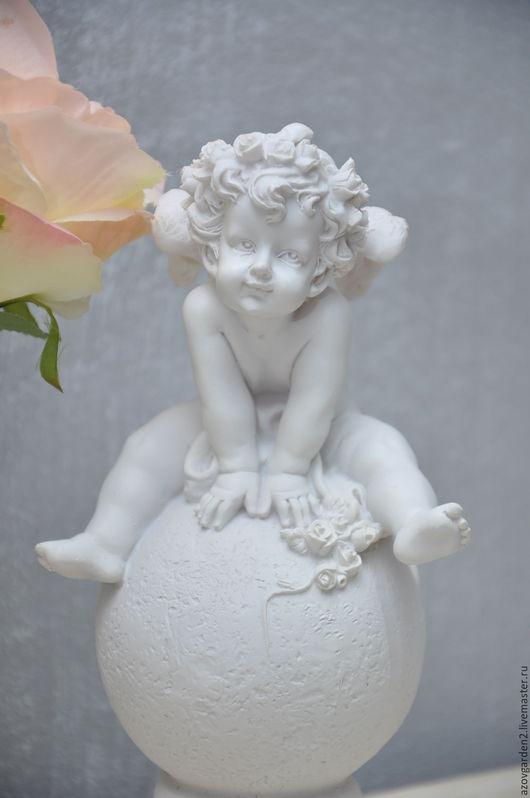 Декупаж и роспись ручной работы. Ярмарка Мастеров - ручная работа. Купить Статуэтка белая Ангел на шаре, для декора в стиле винтаж, прованс. Handmade.
