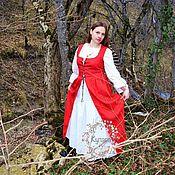 Платья ручной работы. Ярмарка Мастеров - ручная работа Платье красное в стиле Medieval (средневековое). Handmade.